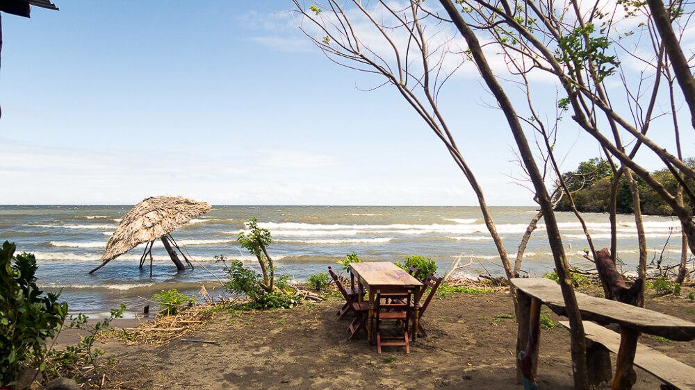 Isla Ometepe: beach Lago Nicaragua