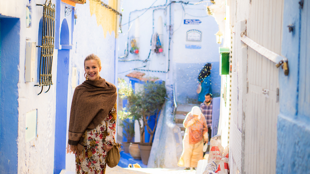 What to wear in Morocco: Dani in Chefchaouen, Morocco