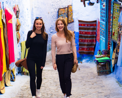 Packing list Morocco: Us in Chefchaouen, Morocco